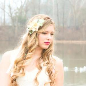 wedding headpiece, ivory flower cro..