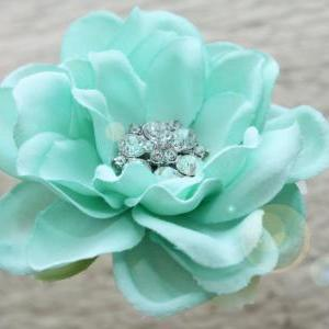 seafoam flower hair clip, mint gree..