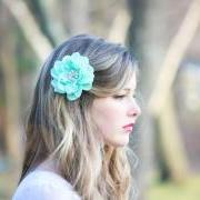 seafoam flower hair clip, mint green hair clip, something blue wedding, bridesmaid hair clip